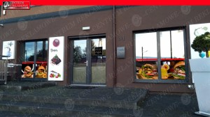 oklejenie restauracji, naklejki na okna , reklama na szybach Centrum Reklamowe
